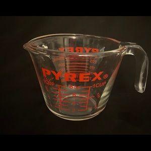 Vintage Pyrex Measuring Cup #508